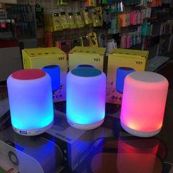 Loa Bluetooth kiêm đèn ngủ Y01 mini LED nhiều màu cực đẹp