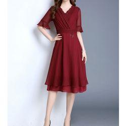 Đầm cổ V hàng nhập - M,L,XL,XXL