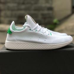 Giày sneaker Nam nữ Pharrel Williams HU