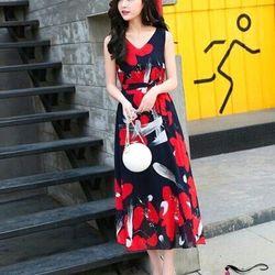 Đầm maxi in hoa đỏ