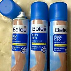 Xịt khử mùi hôi chân Balea
