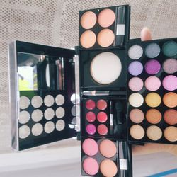 Set make up dk212 giá sỉ
