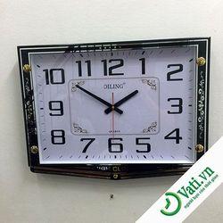 Đồng hồ treo tường hình vuông Black F41