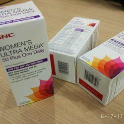 GNC WOMENS ULTRA MEGA 50 Plus Bổ sung Vitamin cho phụ nữ trên 50 tuổi