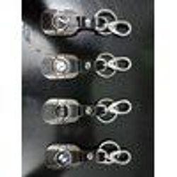 Móc khóa logo xe giá sỉ