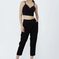 Set quần baggy và áo crop-top màu đen giá sỉ