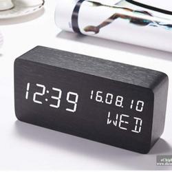 Đồng hồ báo thức lịch vạn niên giá sỉ