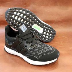 Sneaker UltraBoost giá sỉ