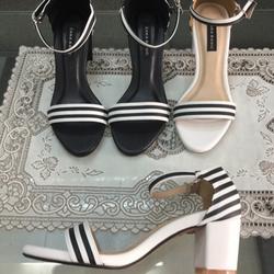 Giày sandal cao gót 5cm trụ vân sọc giá sỉ
