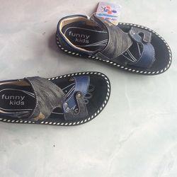 Dép sandal bé trai giá sỉ, giá bán buôn
