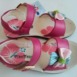Dép sandal bé gái điệu đà giá sỉ