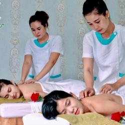 massage boday với tinh dầu thiên nhiên chỉ còn 90k giá sỉ
