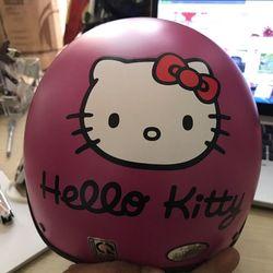 Mũ bảo hiểm kitty