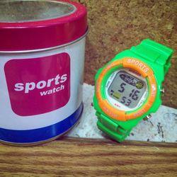 Đồng hồ điện tử trẻ em giá sỉ