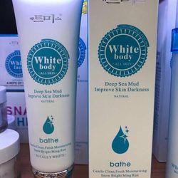 Sữa rửa mặt whitebody hq