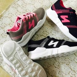 Giày thể thao chữ Z giá sỉ
