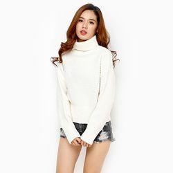 Áo len nữ cổ lọ bo lớn tay dài màu trắng