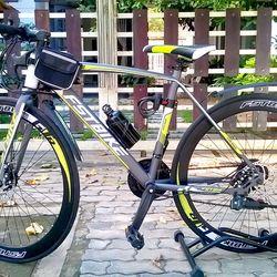 xe đạp đua FST GT002 màu xanh cốm