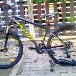 xe đạp địa hình Alcott 6100 - XC màu xanh chuối giá sỉ