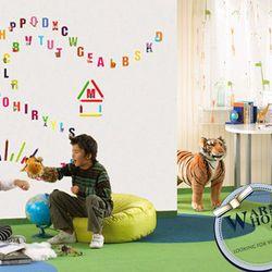 Decal dán tường chữ cái và thước đo chiều cao cho bé