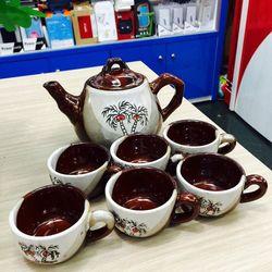 Bộ tách trà sứ 6 ly và bình trà lớn tặng kèm giá treo ly tiện dụng
