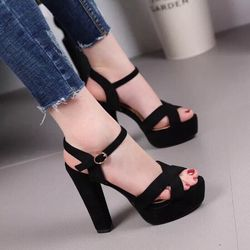 giày sandal nữ thời trang giá sỉ