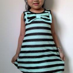 Đầm bé gái thun cotton ̣c cắt lỗ nhỏ li ti ri 7
