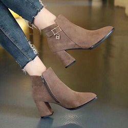 giày bot nữ cá tính