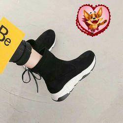 Giày thể thao cao cổ nữ