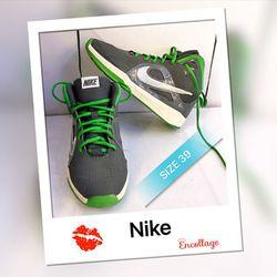 giày thể thao cổ cao giá sỉ
