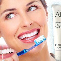 Kem đánh răng trắng sáng - ms 18004 giá sỉ