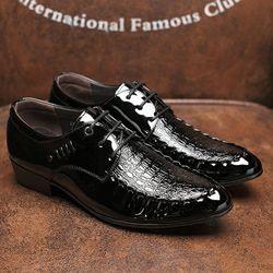Giày tây nam giả da cá sấu toát lên vẻ sang trọng quý phái 611