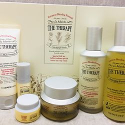 06 Món Bộ Dưỡng The Therapy Special Gift Set - TFSRAPY02