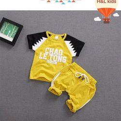 HÀNG CÓ SẴN Bộ đồ thể thao in chữ cho bé trai B051