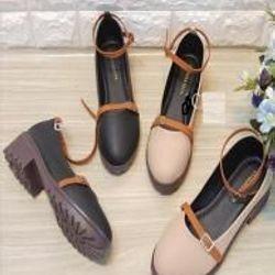 Giày búp bê dây khóa boot