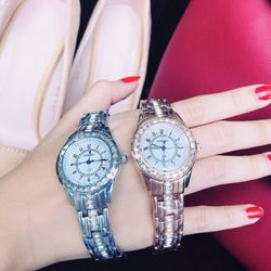 Đồng hồ trung cấp