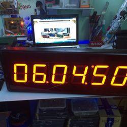 Đồng hồ đếm ngược treo tường led giá sỉ