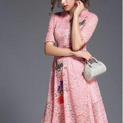 Đầm ren thêu hoa 140HN295 giá sỉ