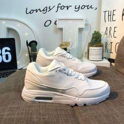 Giày thời trang nam hiệu Ultra 20 Essential 87 replica giá sĩ giá bán buôn giá sỉ
