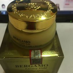 Kem dưỡng trắng da chống lão hóa BERGAMO Luxury Gold giá sỉ