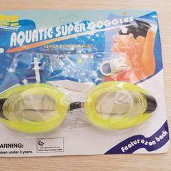 Kính bơi kèm nút bịt tai giá sỉ