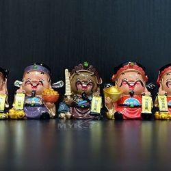 Trọn bộ tượng gồm 05 ông Thần Tài may mắn trang trí cho xe hơi ô tô xe tải bàn làm việc phòng khách quà tặngHT8-1 giá sỉ