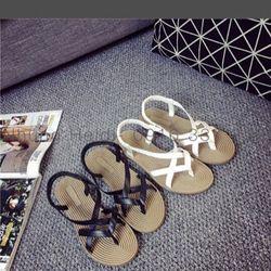 Giày sandal xỏ ngón chéo dây giá sỉ