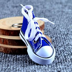 Móc khóa giày thể thao 6 màu giá sỉ
