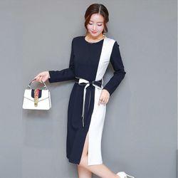 Đầm ôm nữ xẻ tà thiết kế độc đáo với hai phối màu xanh trắng 128 giá sỉ