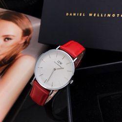 đồng hồ dây da nữ chuẩn AUT giá sỉ