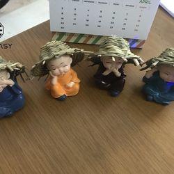 Trọn Bộ tượng 4 vị hòa thượng Tứ Không Nón Lá dễ thương để táplô xe hơi xe ôtô bàn làm việc văn phòng nhà cửaHT4-2 giá sỉ