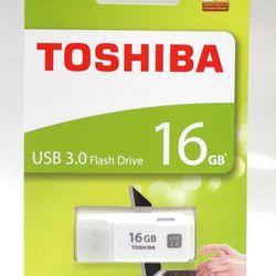 Toshiba - USB Toshiba U301 30 - 16GB giá sỉ