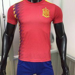 Quần áo thể thao bóng đá giá sỉ