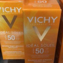 KEM CHỐNG NẮNG VICHY 50 giá sỉ
